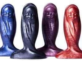 Sextoys creepy : Baby Jesus Butt Plug
