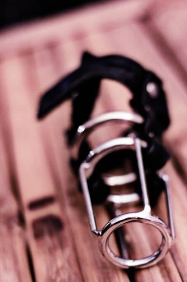 cage de chasteté pour homme