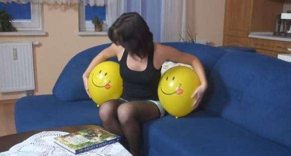 Fétichisme des ballons : screenshot d'une vidéo