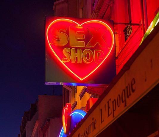 Cabines vidéo d'un sexshop