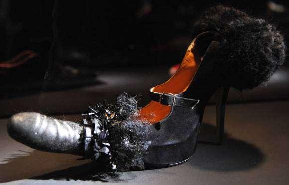 Une chaussure gode de Vivienne Westwood
