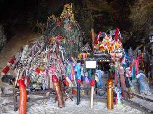 la Tham Phra Nang, grotte phallique