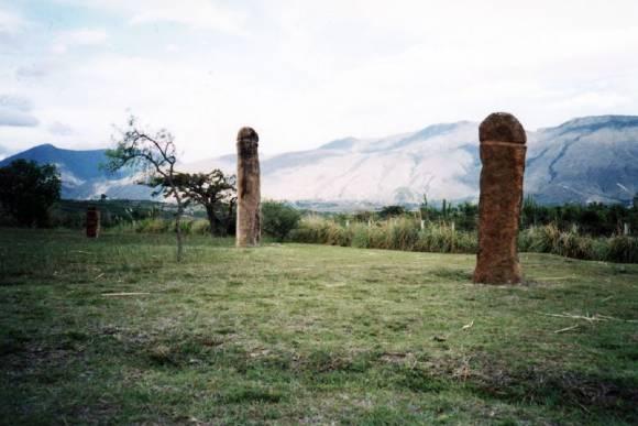 Lieux phalliques : El Infiernito et ses menhirs