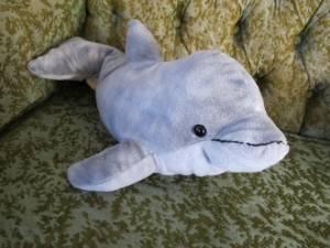 Peluches et sexe : un dauphin muni d'un vagin
