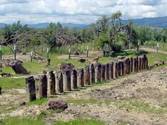 El Infiernito, monument phallique colombien