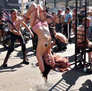 bdsm-upsidedown-flogging
