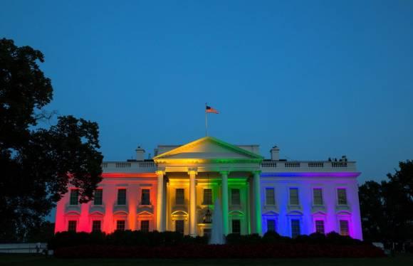 La Maison Blanche arc-en-ciel pour fêter la légalisation du mariage pour tous