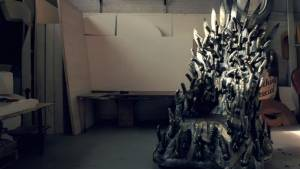 games-of-bones-rubber-throne-2