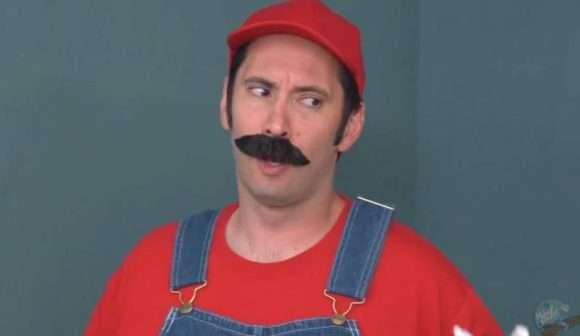 Tommy Pistol, qui incarne Mario dans la parodie porno de Bowsette