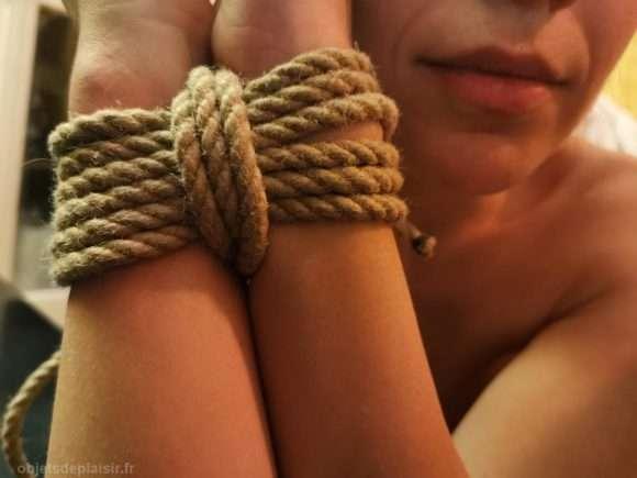 bondage poignets
