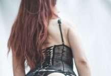 photos sexy du jour : corset Rosana