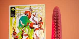 Le gode Howard de Petit Vice et sa carte de présentation
