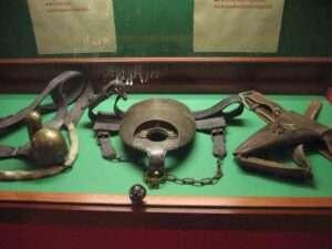 Ceintures de chasteté - Sex Machine Museum