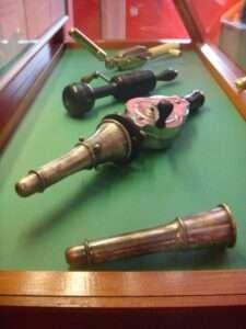 Vibromasseurs vintage - Sex Machines Museum